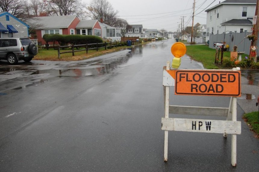 seacoast roads under new threat from rising sea level